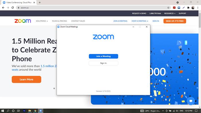 Buka aplikasi zoom